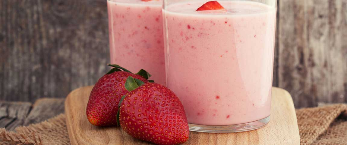 Strawberry, Banana, and Cottage Cheese Smoothie
